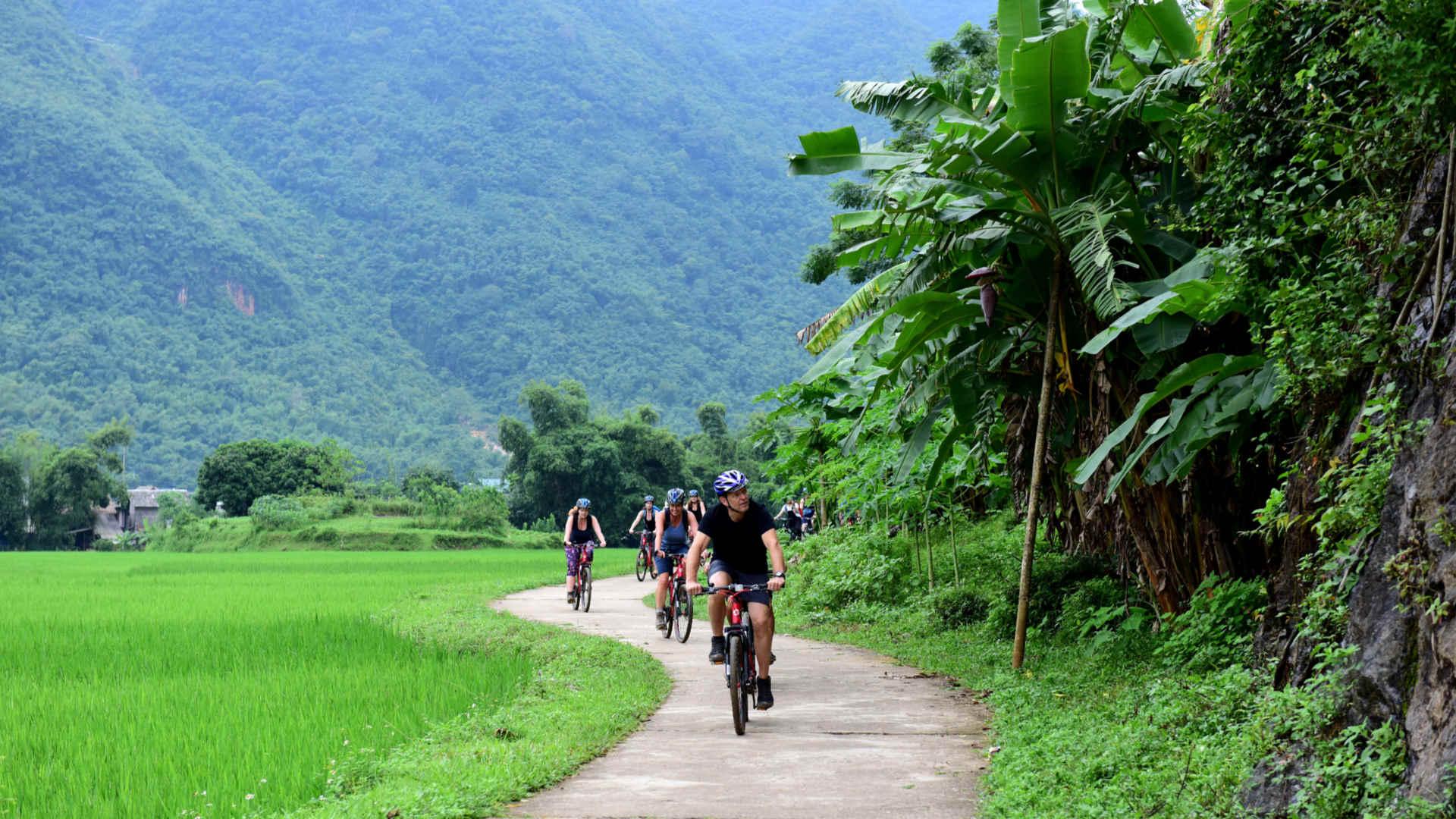 Go-Indochine cycling tour Mai Chau Vietnam