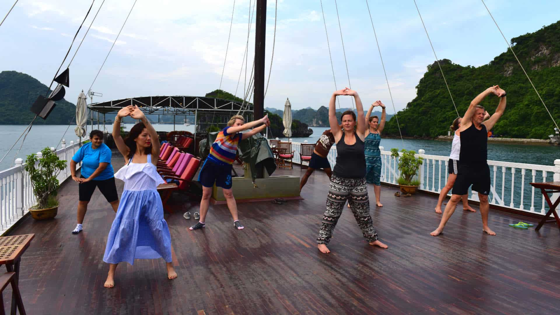 Go-Indochine Halong Bay Cruise Qigong